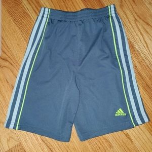 Adidas Boys Size 7 Dark Grey And Neon Shorts